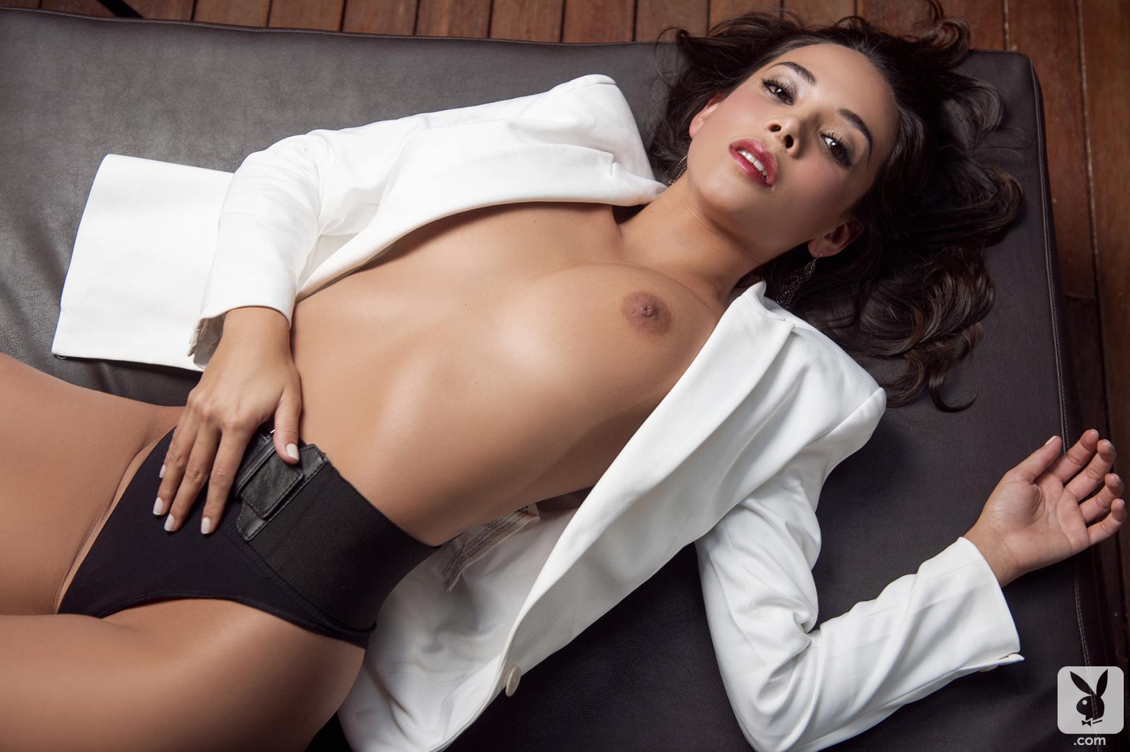 La reina ebony porn star