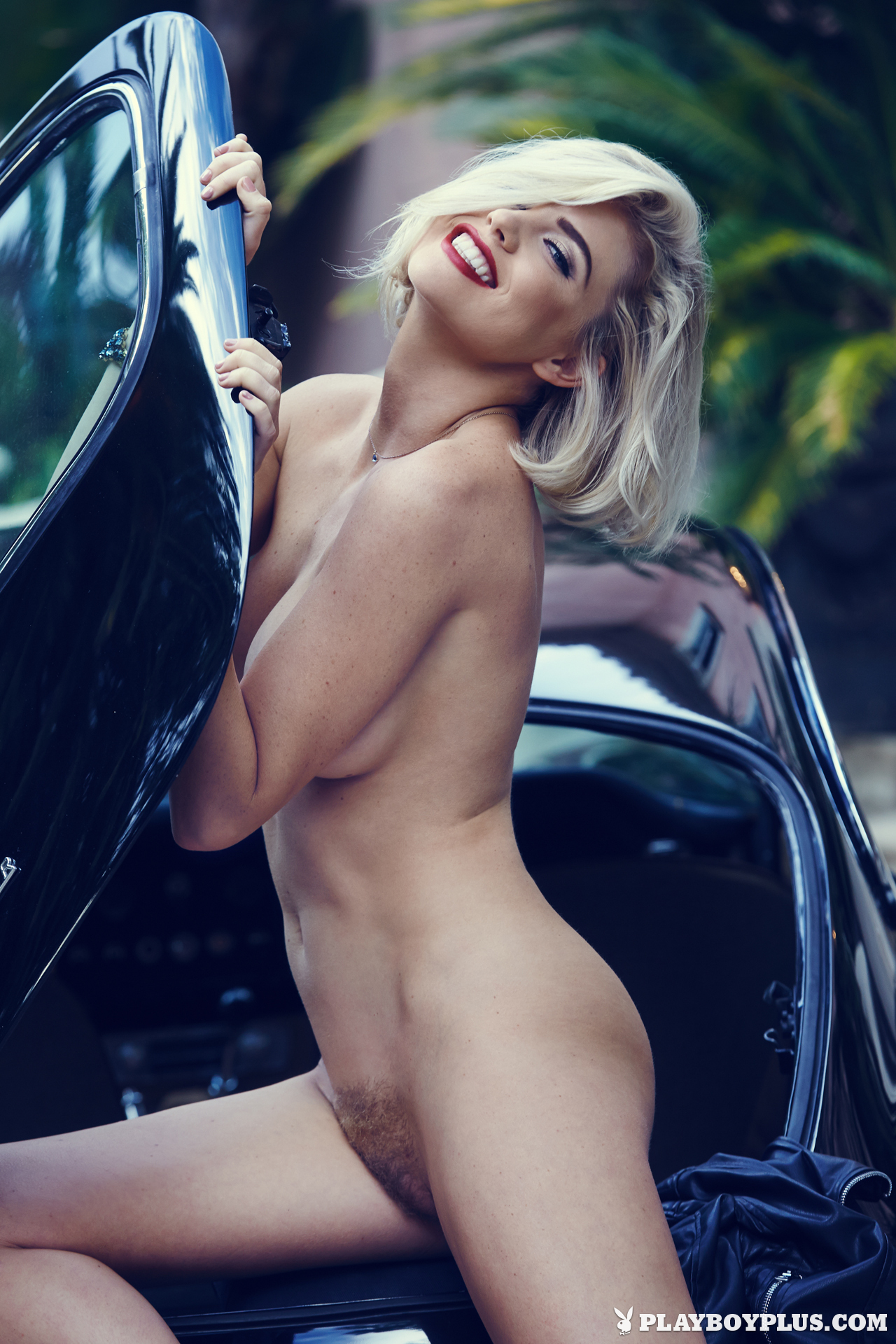 Kayslee Collins in Style Icon - Centerfolds Blog