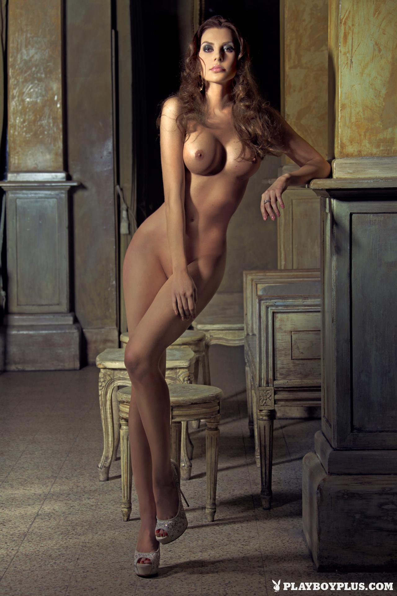 naked girls losing virginity