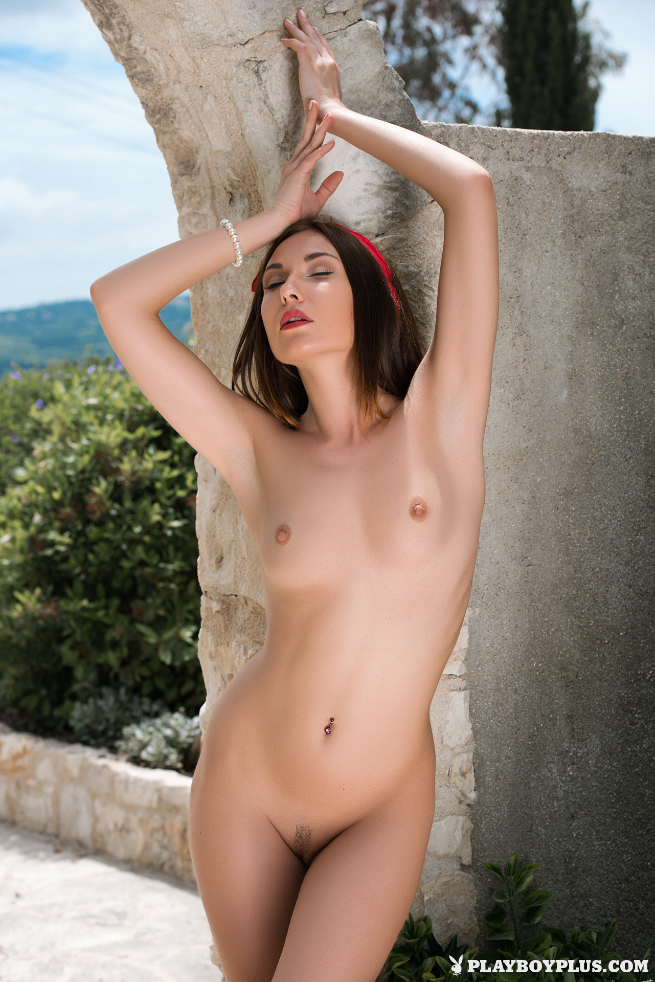 Martina New Nude City