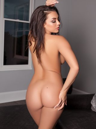Голая модель kelsi shay фото