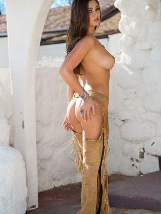 Playmate Chelsie Aryn 02