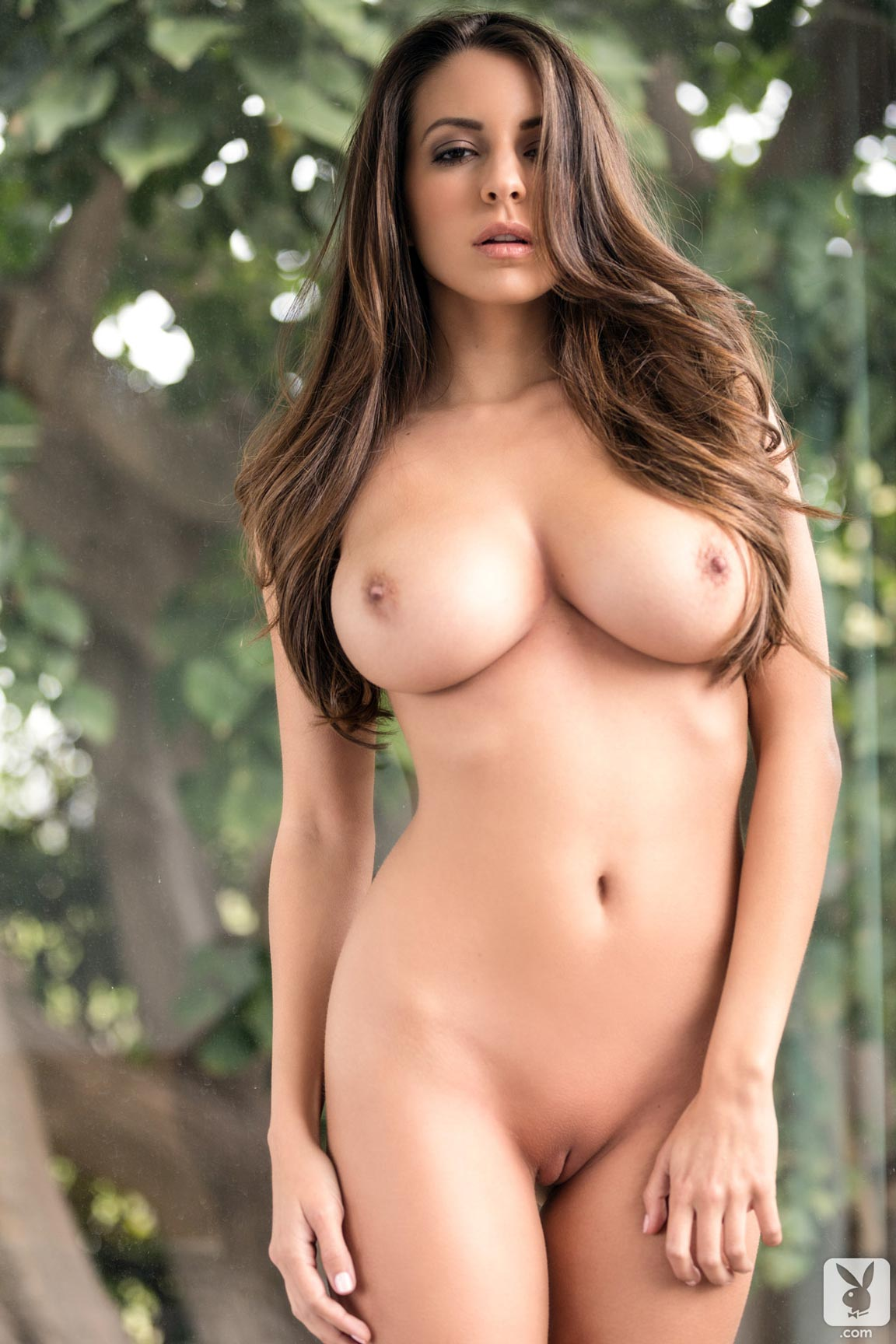 Playboy Playmate Shelby Chesnes Starts The Day With A -2945