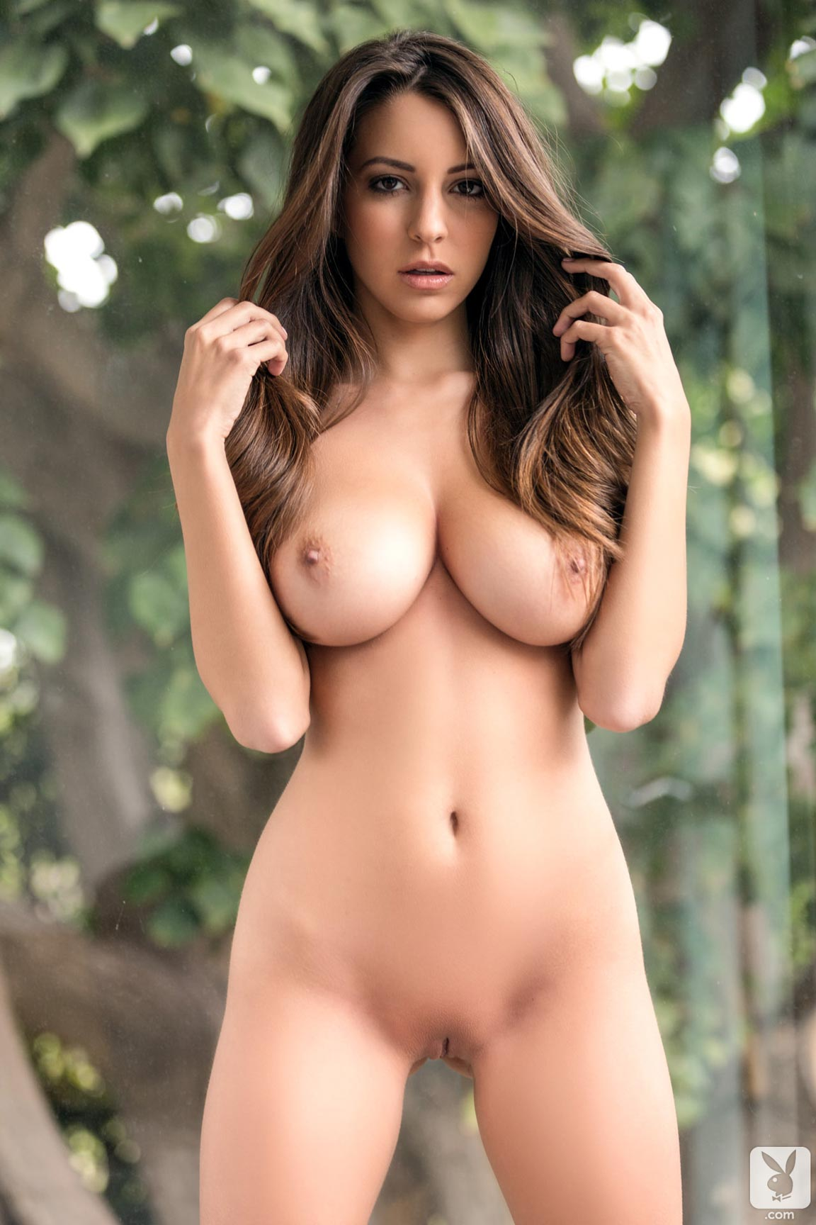 Playboy Playmate Shelby Chesnes Starts The Day With A -5851