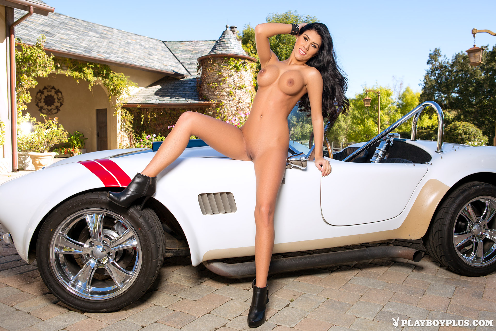 sports-cars-and-naked-chicks-wonder-woman