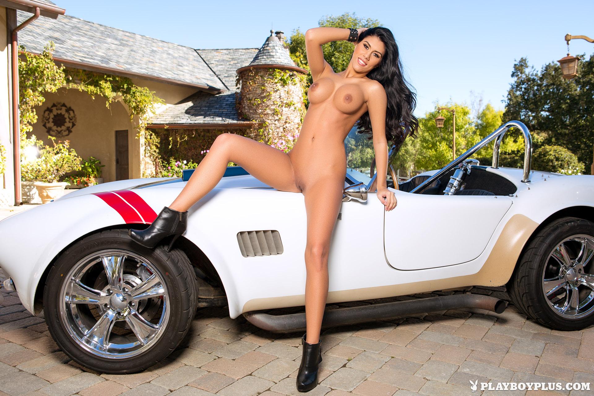 телки голые авто картинки смотреть онлайн