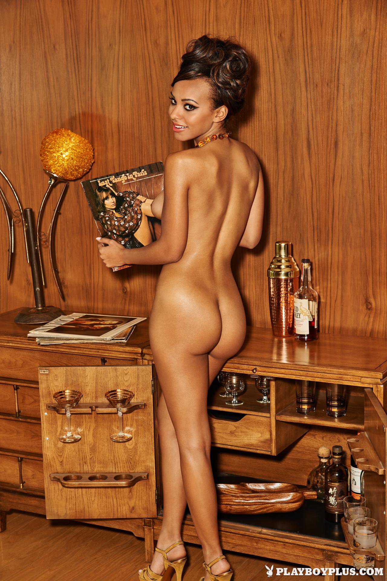 kaylia cassandra nude