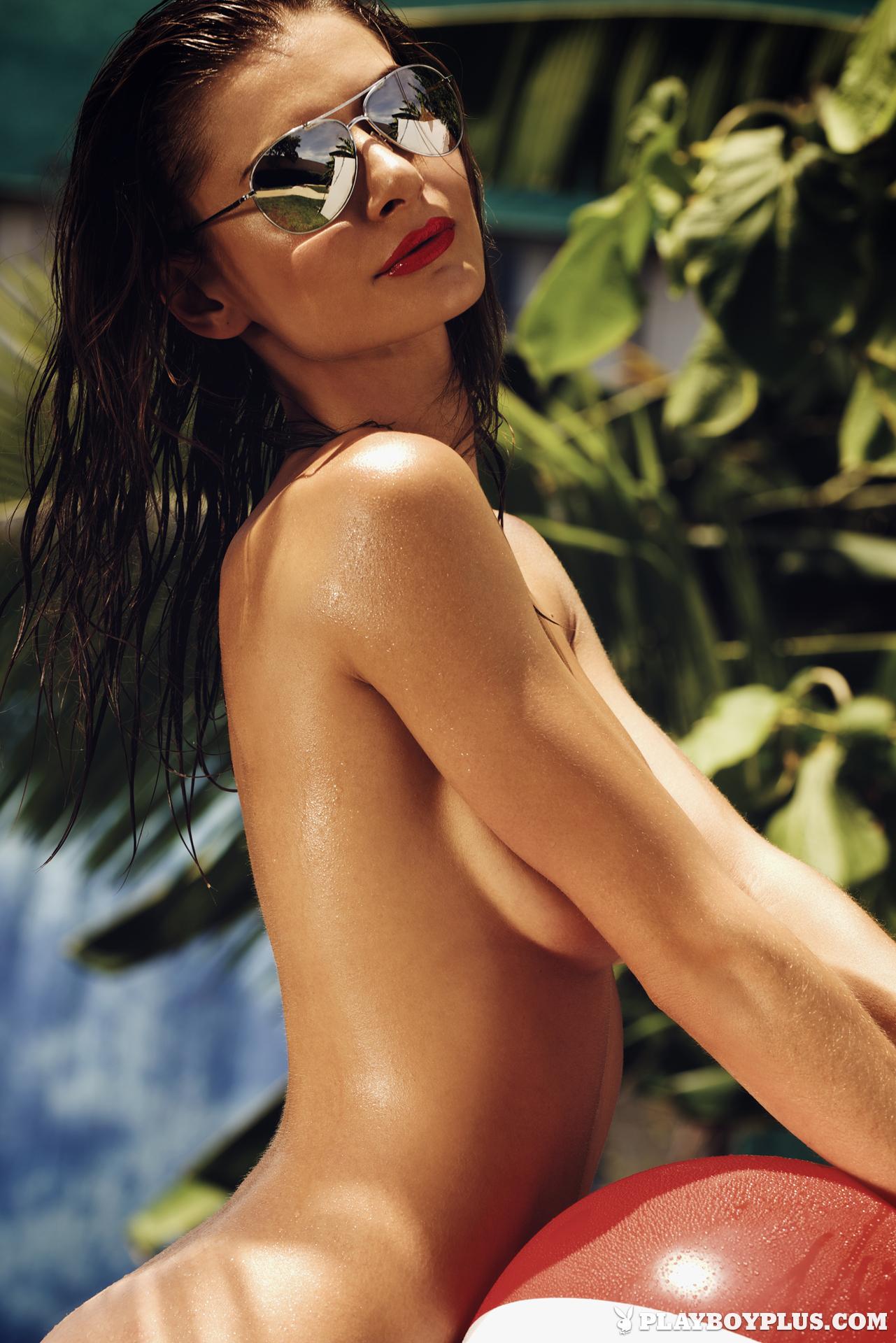 Samantha Taran v mokrem vročem ameriškem poletju - Blog o središčih-7860