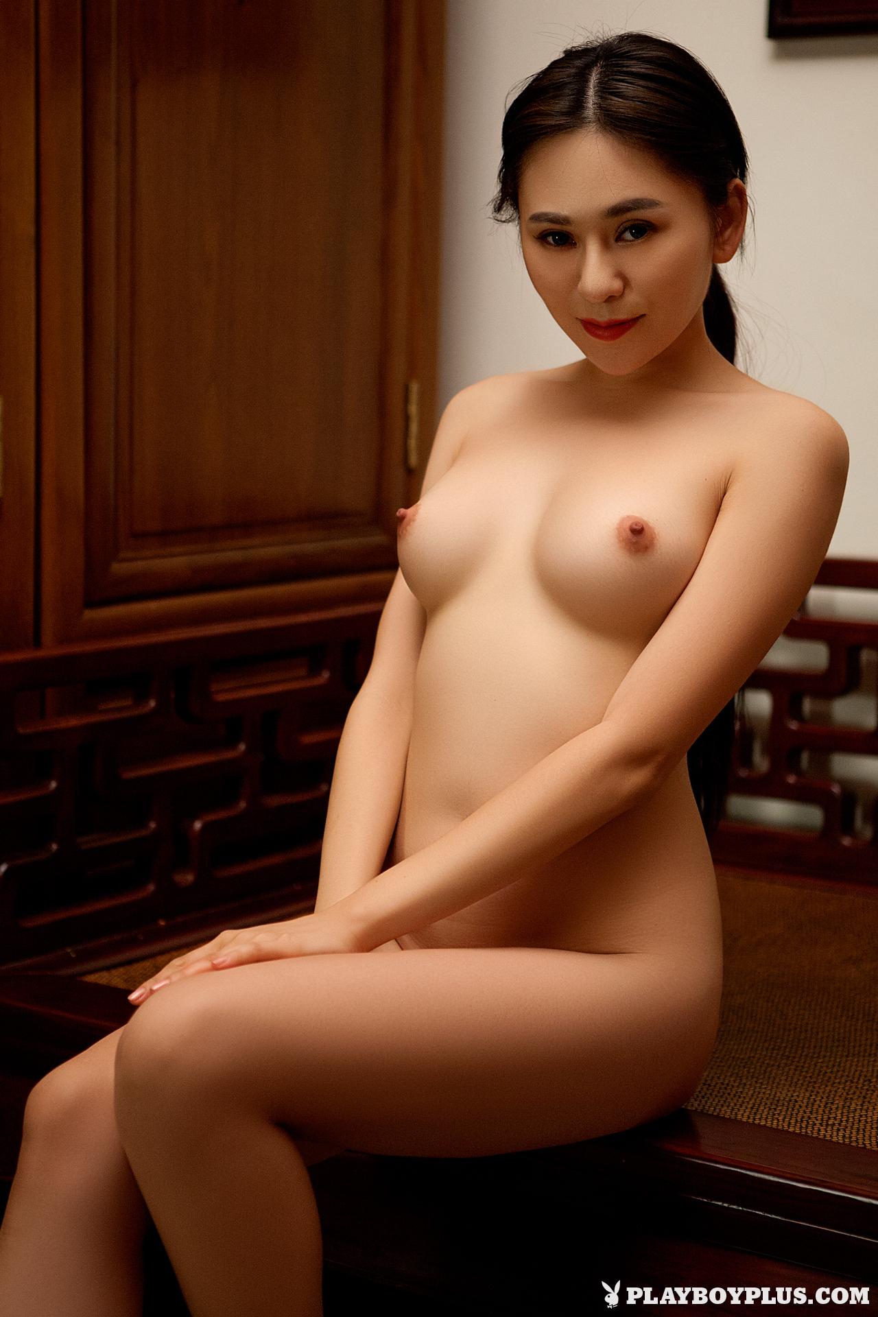 Anya Wu Nude Photo