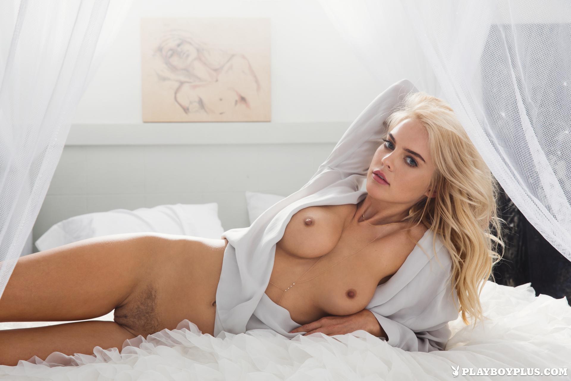 Sarah meier nude 11
