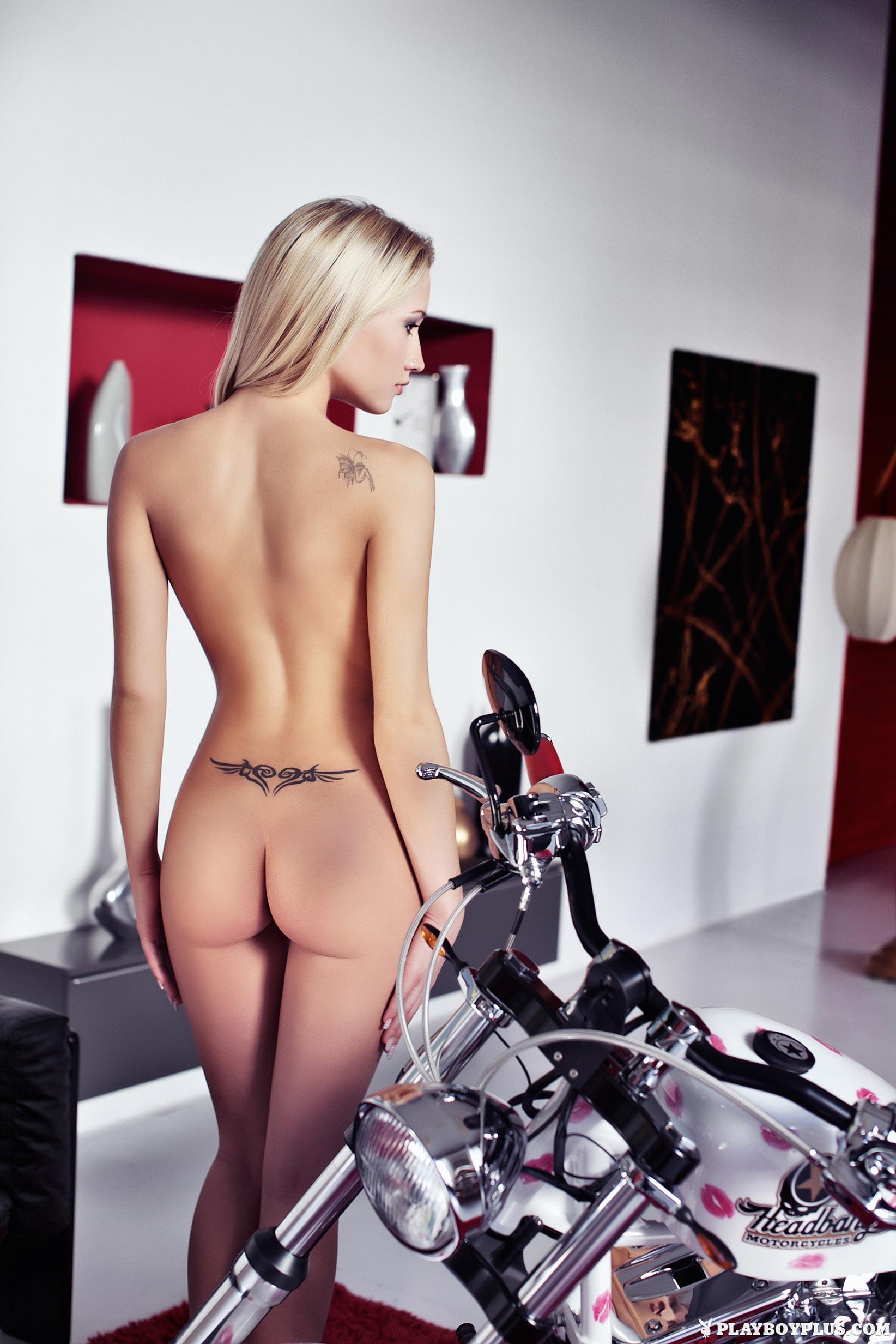 Giulia Borio In Playboy Italy - Centerfolds Blog-2901